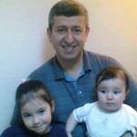 İsmet Kaya ve Dr Levent Kaya çiftinin kızları